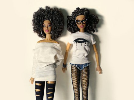 2BLACK_BARBIES